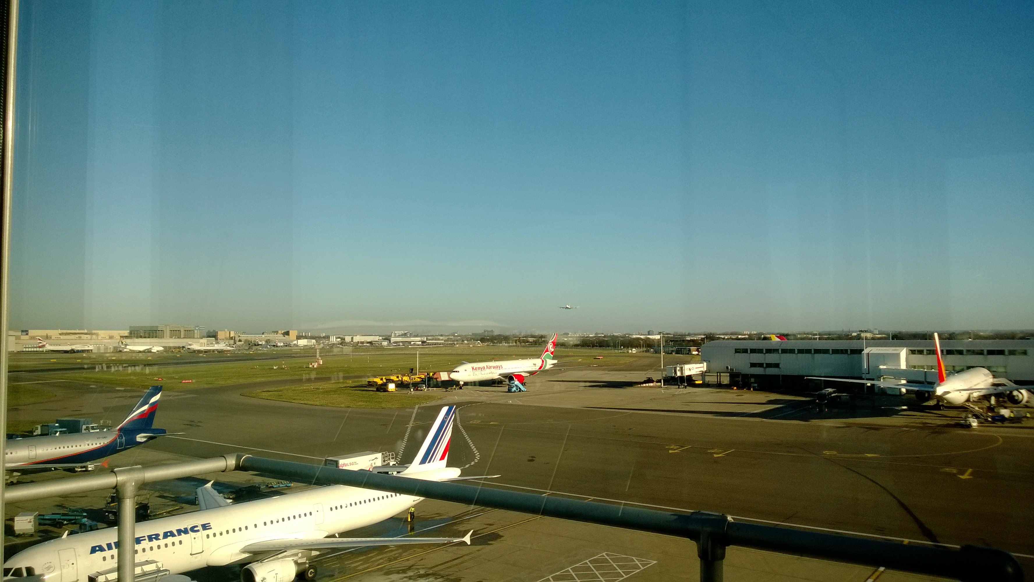 View from the Heathrow Airport (London) Observation Desk